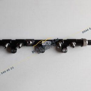 Master 3 Enjektör Mazot Rampası 2.3 M9T 175216547R 175217543R 8201257368