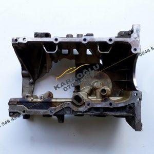 Captur Kadjar Clio 4 Motor Bloğu Alt Parça 1.2 H5F 111104384R 111107170R
