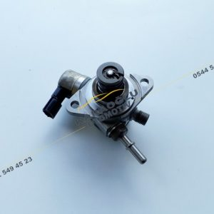 Kadjar Captur Megane 4 Benzin Pompası 1.2 Tce 166304016R 166305283R 8201146431