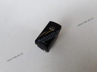 Reno 19 Master Cam Düğmesi Sağ Ön 7700817337