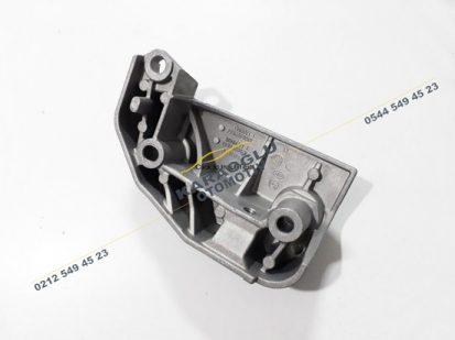 Scenic 2 Megane 2 Motor Takozu Kulağı 8200209834 8200209833