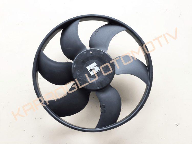 Clio Kangoo Fan Motoru Pervanesi 1.4 Benzinli 7701070300