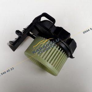 Clio Kangoo Kalorifer Motoru Klimalı 7701044818