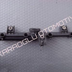 Clio Kangoo Enjektör Yakıt Rampası 7700868573