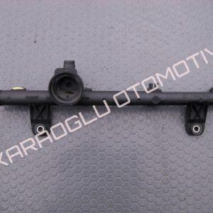 Kangoo Clio Enjektör Yakıt Rampası 6001545842 7700274294