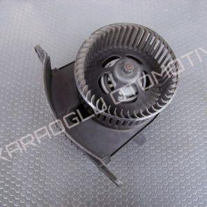 Scenic 2 Kalorifer Motoru 7701056598
