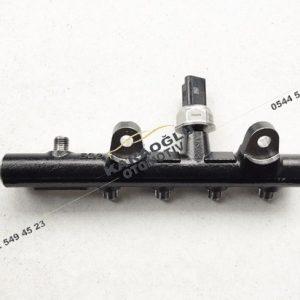 Megane 3 Grand Tour Enjektör Yakıt Rampası 175218188R A2C53367836