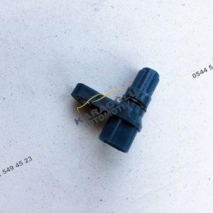Laguna 2 Şanzıman Hız Sensörü 7701050145