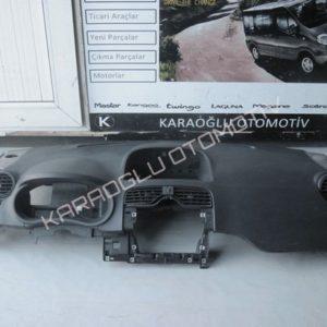 Kangoo 3 Ön Göğüs Torpido 681006006R 8200454115