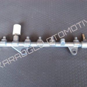 Trafic Laguna Enjektör Yakıt Rampası 1.9 Dizel F9Q 0445214127 8200600206