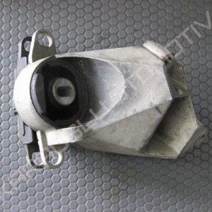 Twingo Motor Kulağı Takozu Sağ 7700412094