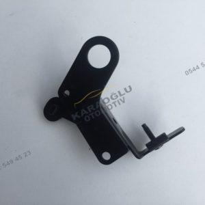 Megane 3 Fluence K4M Silindir Kapağı Suportu 8200242384
